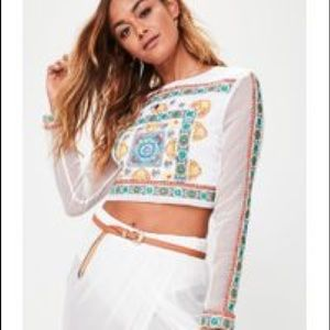 Missguided premium Embroidered crop top 0
